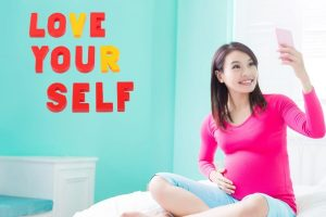 How to Love Yourself While Pregnant