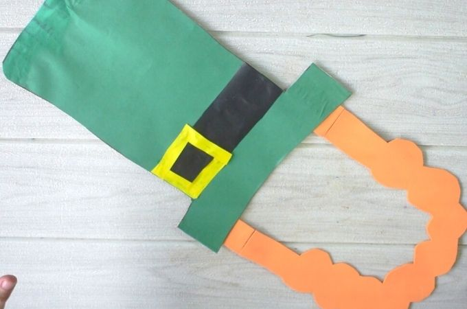How to Make a Leprechaun Hat and Beard