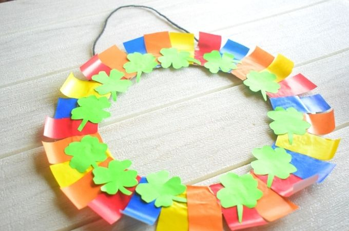 How to Make a St Patricks Day Wreath Craft
