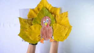 Thanksgiving Turkey Craft Idea with Leaves