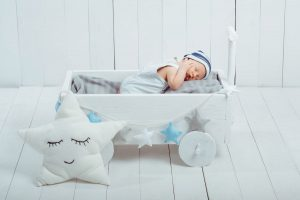baby cribs for small spaces