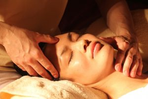 post partum massage relaxation